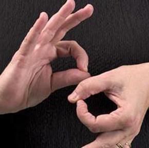 Ни один ВУЗ Украины не готовит сурдопереводчиков для 100 тыс. глухих украинцев
