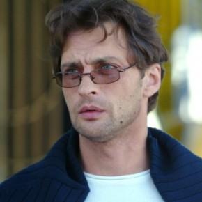 Александр Домогаров может оставить сцену из-за слуха?