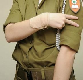 Глухие отстаивают свое право служить в израильской армии