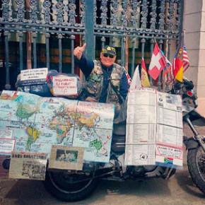 72-летний неслышащий байкер после кругосветного путешествия вернулся в Минск
