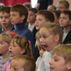 """Театр """"Райдуга"""" в школі №9 м.Києва (фото, відео)"""