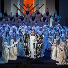 """Национальная опера Украины присоединилась к проекту """"Коли тиша заговорила"""""""