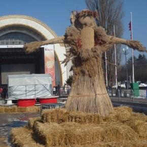 Веселе свято проводів зими і наступаючої весни - це, звичайно ж, Масляна!