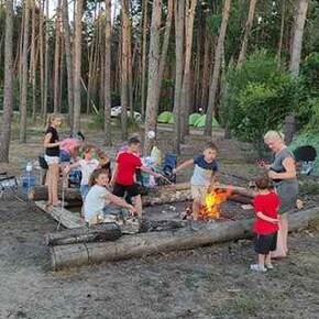 Дитячий табір для маленьких УТОГівців.